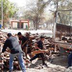 SERFOR entrega carbón y leña decomisados a colegios de Piura para preparación de alimentos