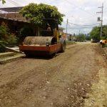 Maquinaria Municipal atiende pedidos de Luis de la Puente Uceda y Villa  Vicus